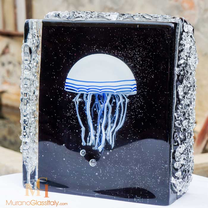 glass jellyfish sculpture