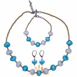ensemble de bijoux assortis